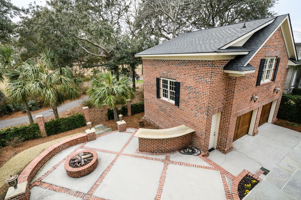 1754  Pierce Street Charleston, SC 29492