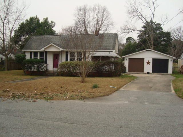 1204  Forest Drive Hanahan, SC 29410