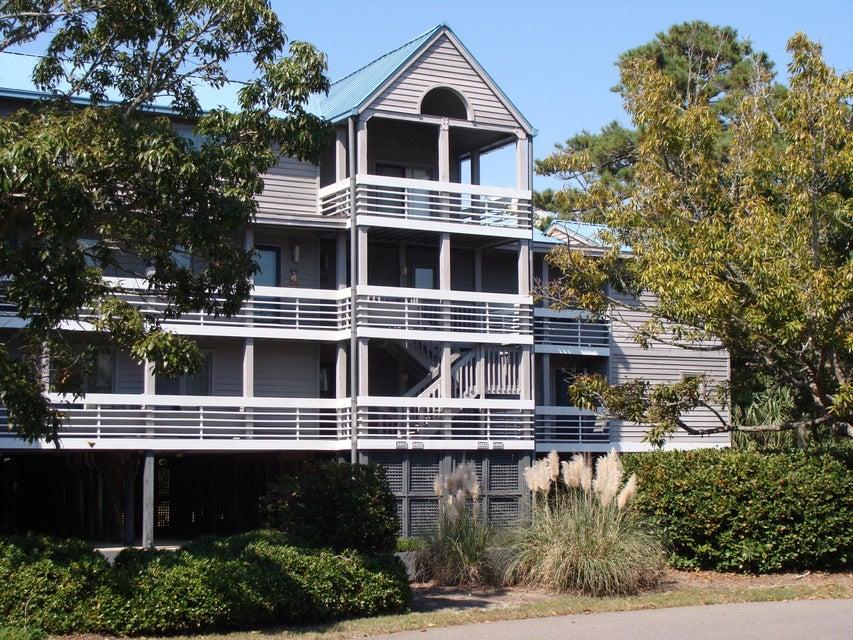 2413  Racquet Club Drive Seabrook Island, SC 29455