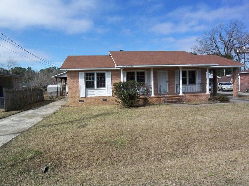 7039 Kenneth Drive North Charleston, SC 29406