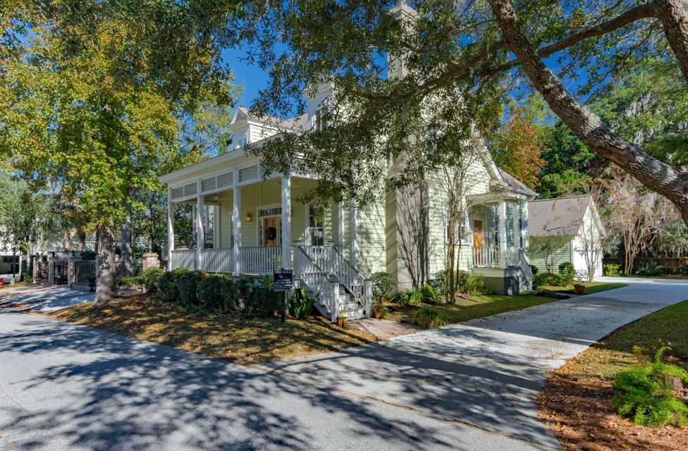 62 Saturday Road Mount Pleasant, SC 29464