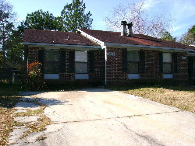 174  Dorchester Manor Boulevard North Charleston, SC 29420