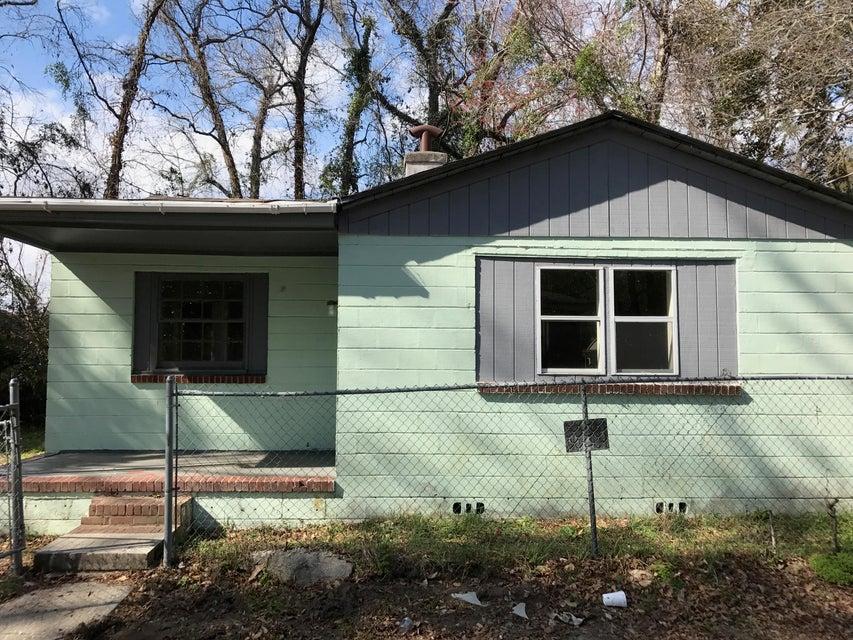 1790  Brockington Avenue Charleston, SC 29407