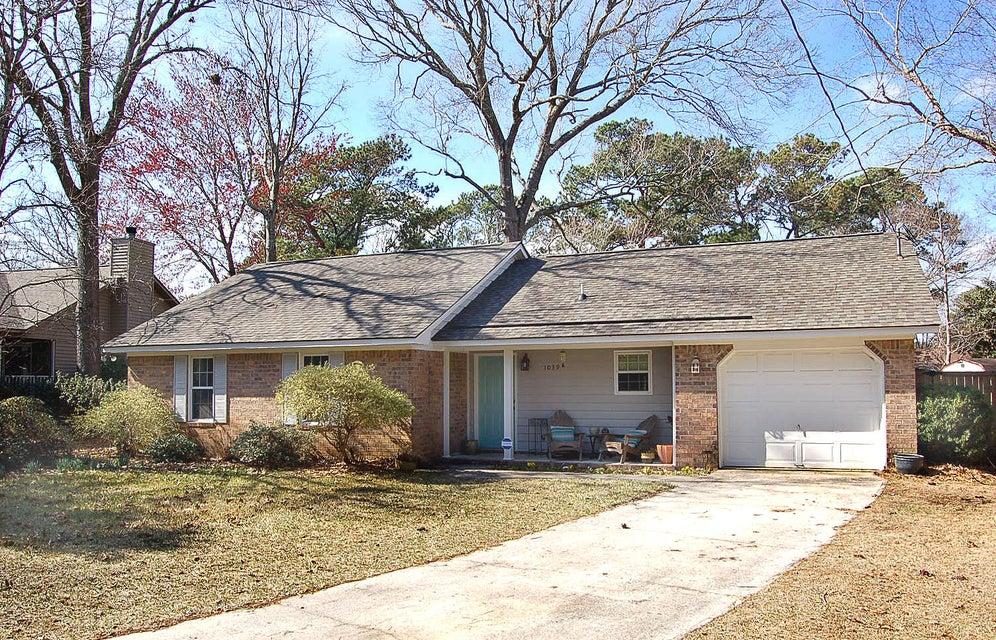 1039  Kingswood Dr Charleston, SC 29412