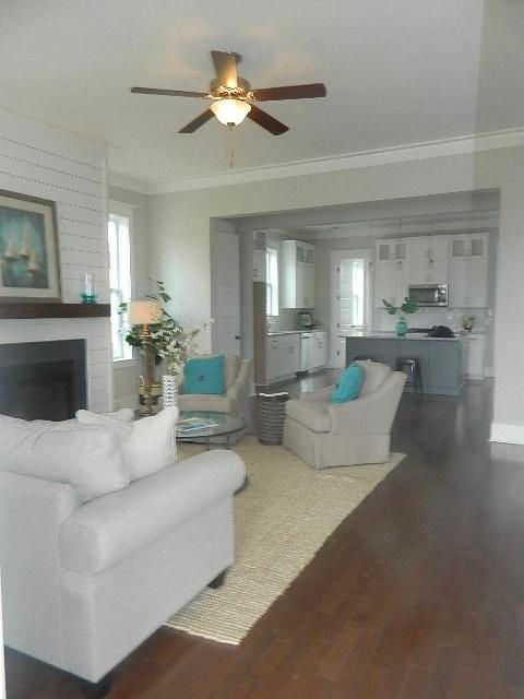 3582  Backshore Drive Mount Pleasant, SC 29466