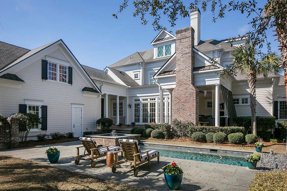 643 Island Park Drive Charleston, SC 29492