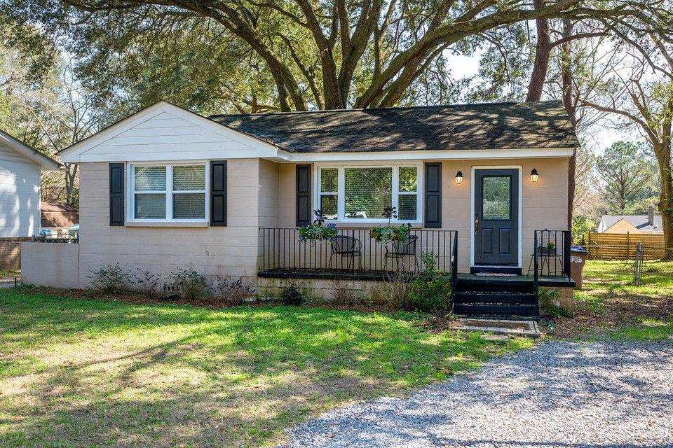 2179  Stonewood Drive Charleston, SC 29412
