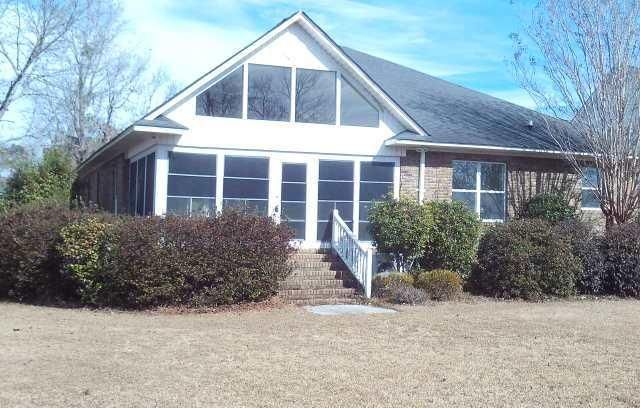 131  Ridge Lake Drive Manning, SC 29102