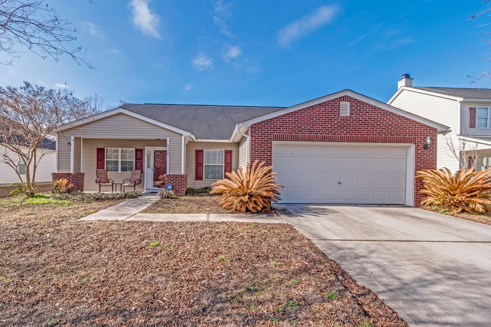 8098  Old London North Charleston, SC 29406