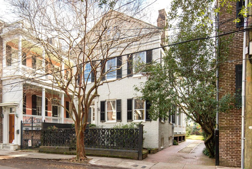 19 Wentworth Street Charleston, SC 29401
