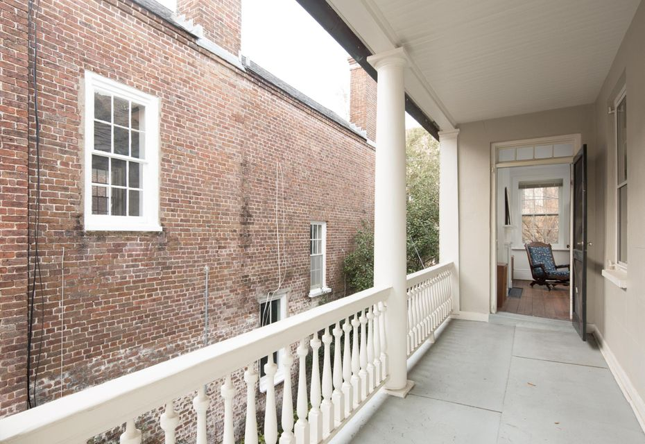 19 Wentworth Street Charleston, SC 29401