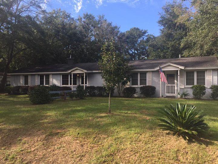 1530  Brookbank Charleston, SC 29412