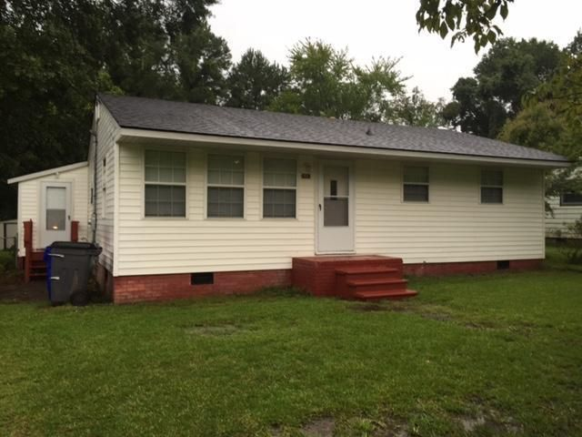 2401  Eagle Drive Charleston, SC 29406