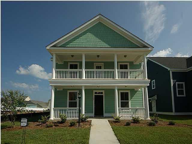 1053  Oak Bluff Avenue Charleston, SC 29492