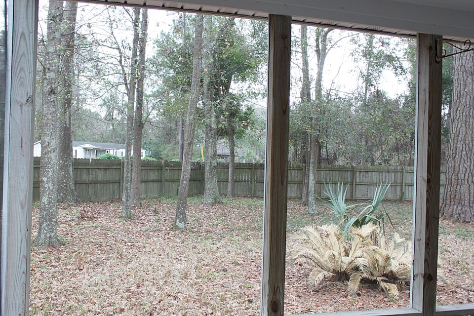 1235  Center Lake Drive Mount Pleasant, SC 29464