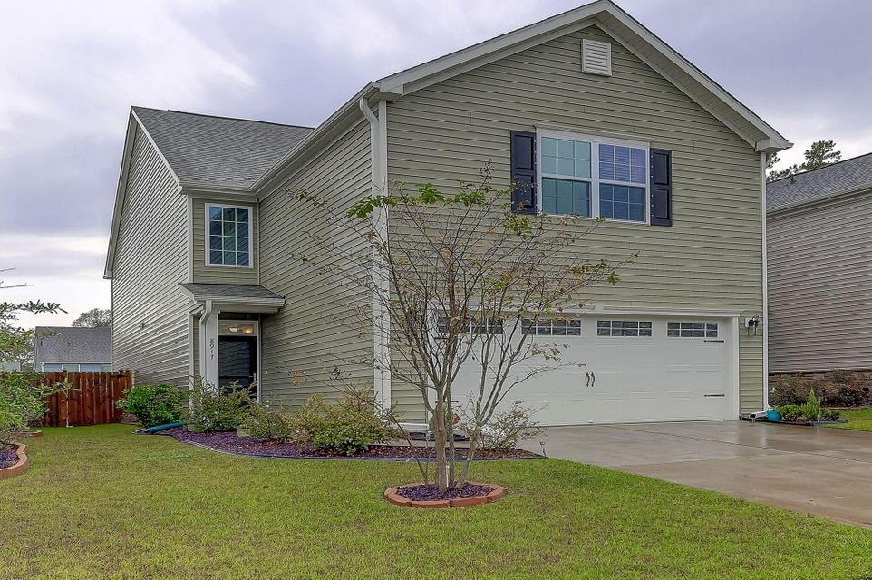 8917  Skipping Rock Lane Summerville, SC 29485