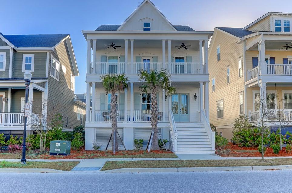 1647  Pierce Street Charleston, SC 29492
