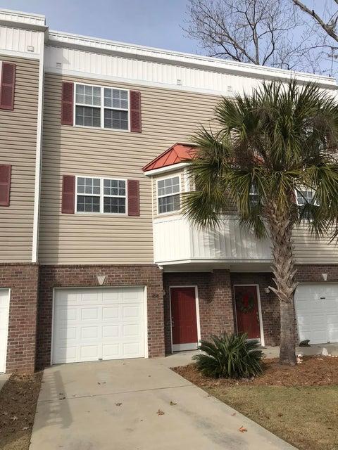 4618 N Palm View Circle North Charleston, SC 29418