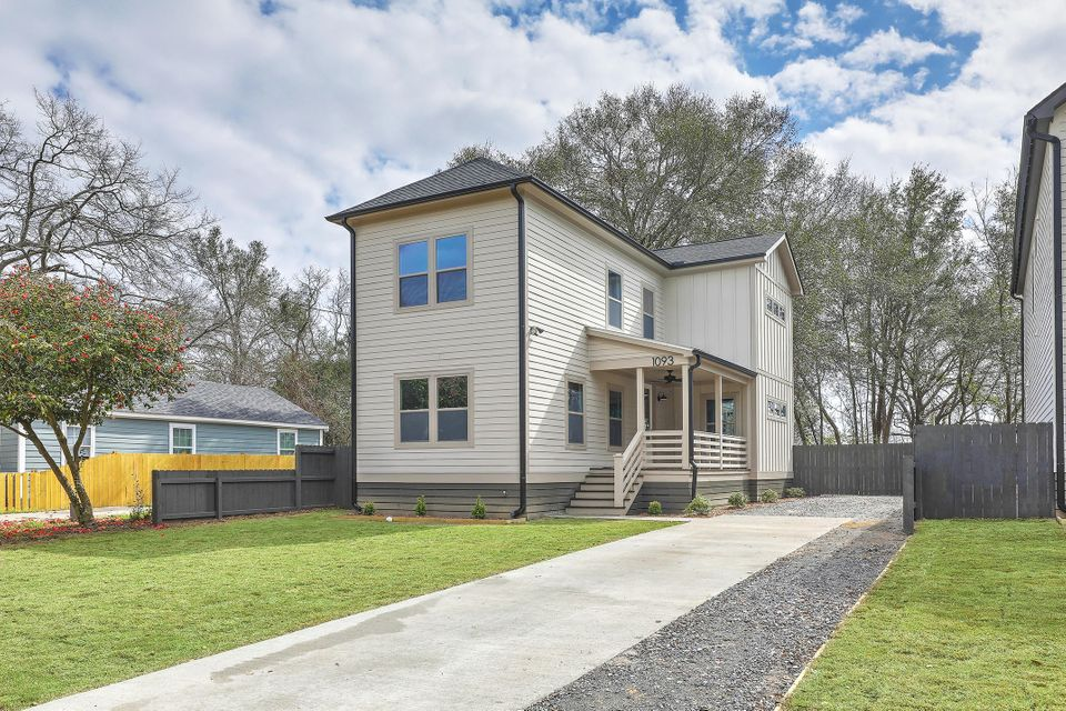 1093  Bexley Street North Charleston, SC 29405