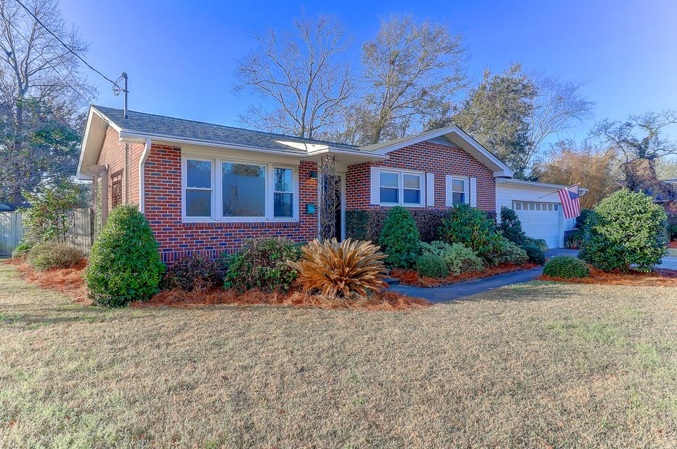 1427  Hartford Circle North Charleston, SC 29405