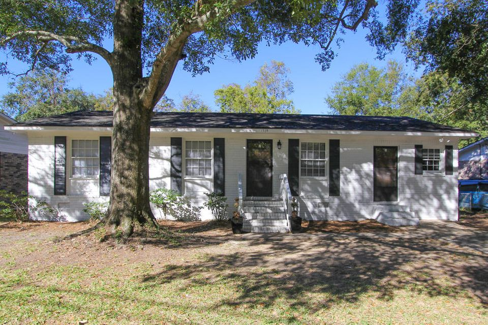 1385  Secessionville Road Charleston, SC 29412