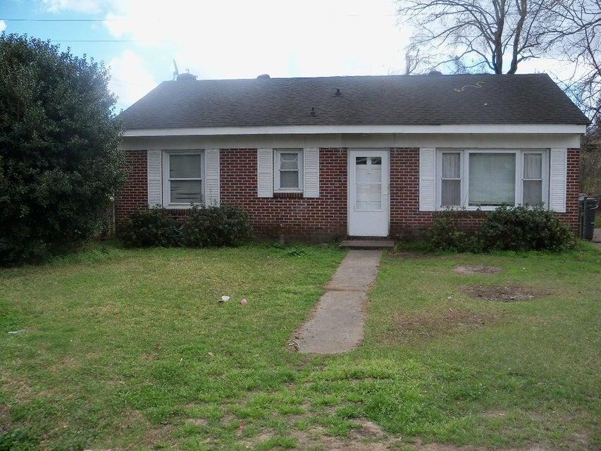 1507 Greenbay Drive North Charleston, SC 29406