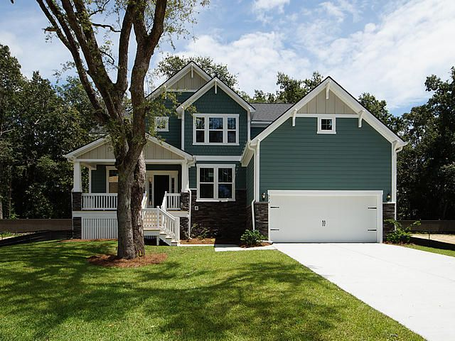 574 Saltgrass Pointe Dr James Island, SC 29412