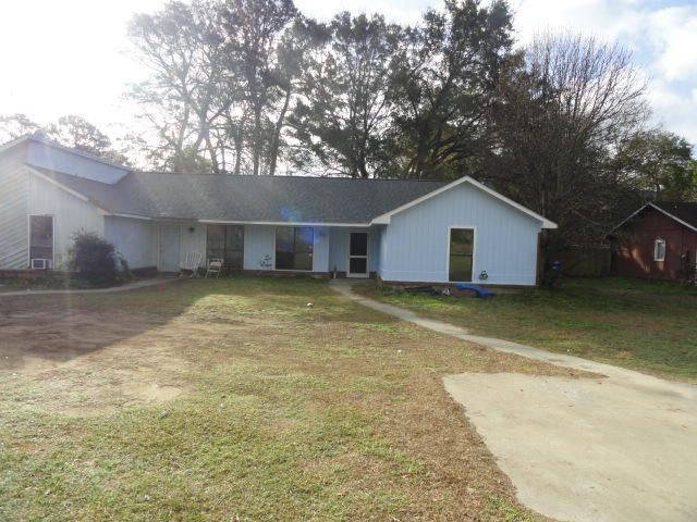 1337 Fort Johnson Road Charleston, SC 29412