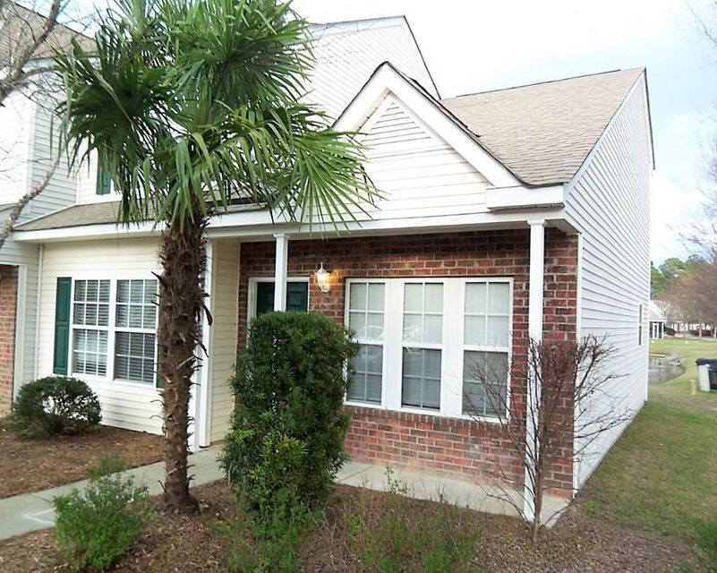 200  Yellow Hawthorn Circle Summerville, SC 29483