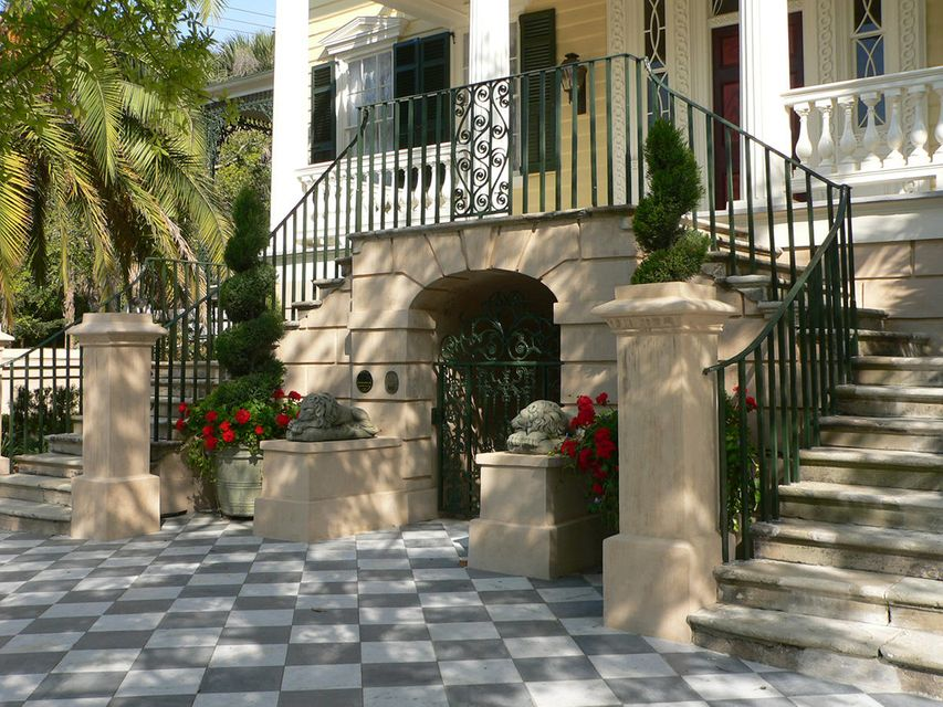 60 Montagu Street Charleston, SC 29401