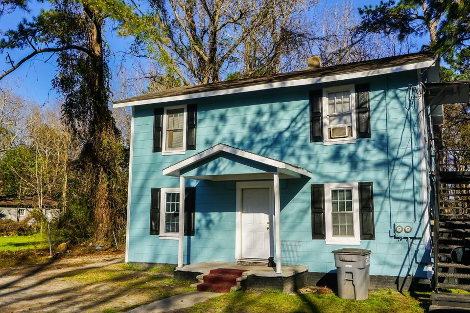 5516  Blackwell Avenue North Charleston, SC 29406