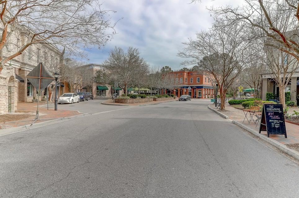 151 Ionsborough Street Mount Pleasant, SC 29464