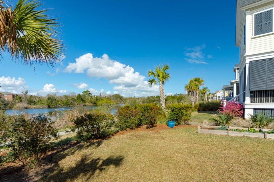 1579 Paradise Lake Drive Mount Pleasant, SC 29464