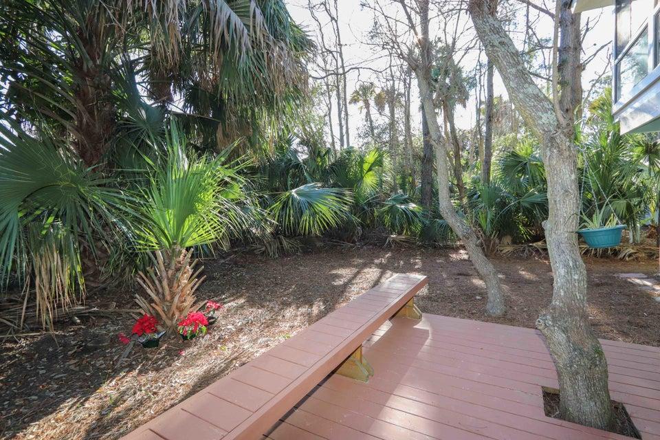 3  Twin Oaks Lane Isle Of Palms, SC 29451