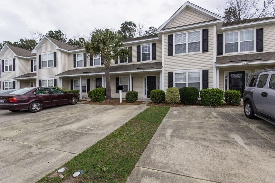 8868  Gable Street North Charleston, SC 29406
