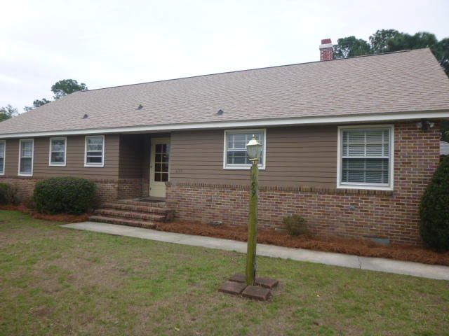 659  Ellis Mount Pleasant, SC 29464