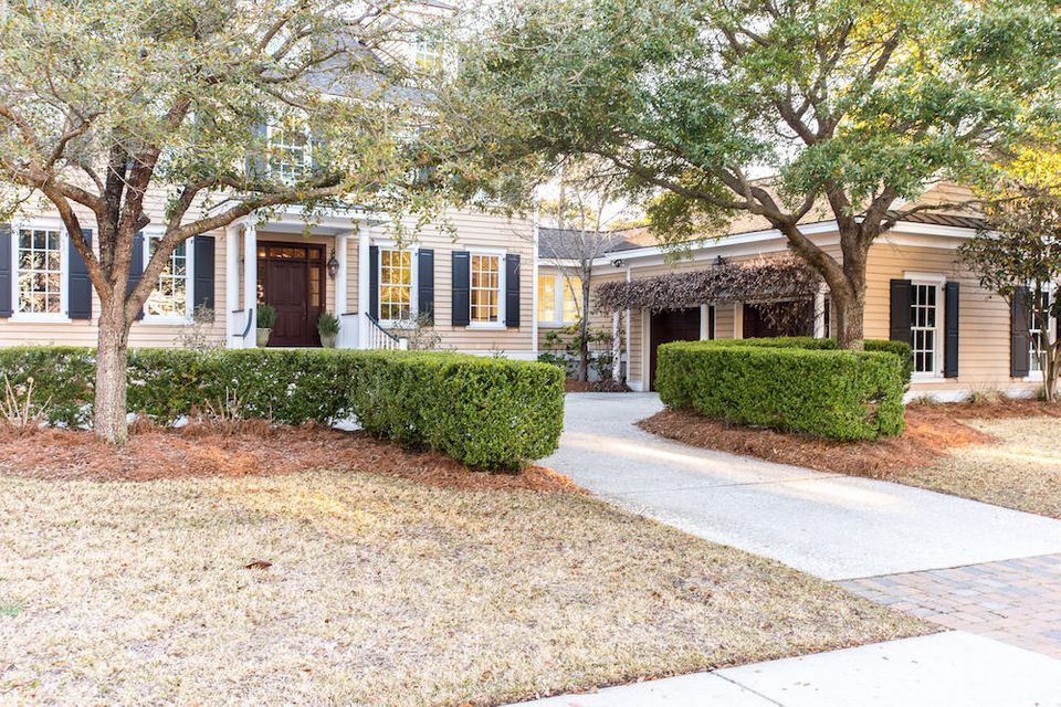 779  Olde Central Way Mount Pleasant, SC 29464