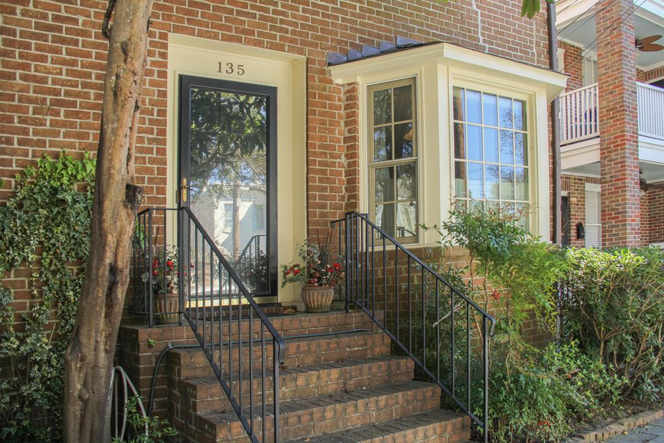 135 Wentworth Street Charleston, SC 29401