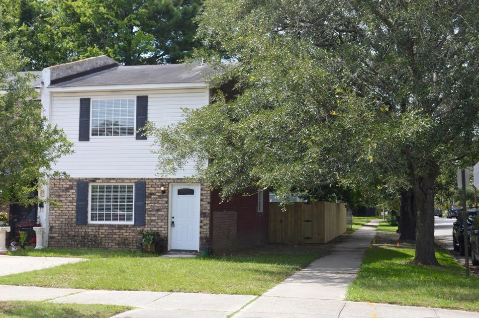 216  Grove Street Charleston, SC 29403