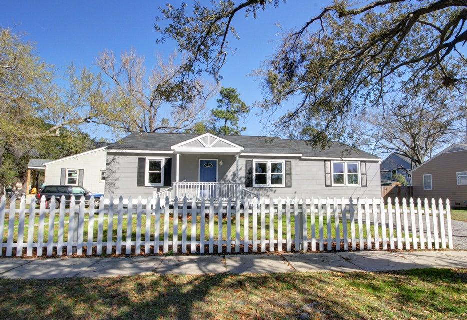 1079  Lockhart Street North Charleston, SC 29405