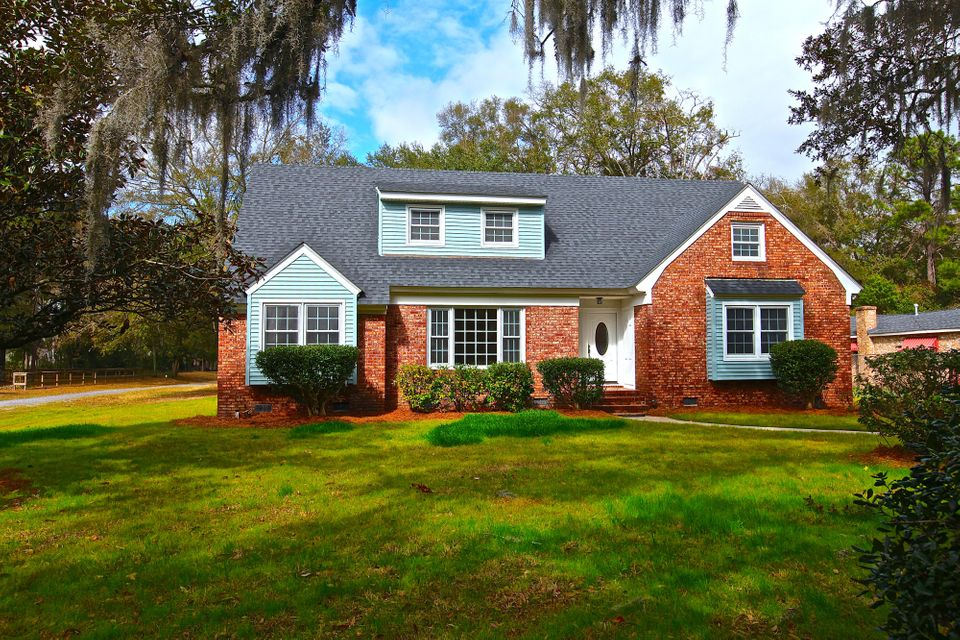 454  Mathis Ferry Road Mount Pleasant, SC 29464