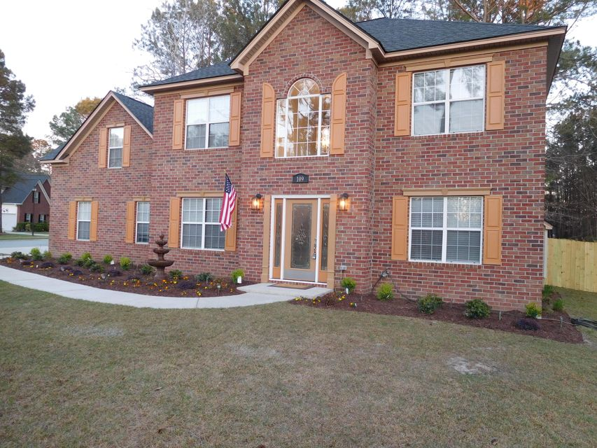 109  Jillian Circle Goose Creek, SC 29445