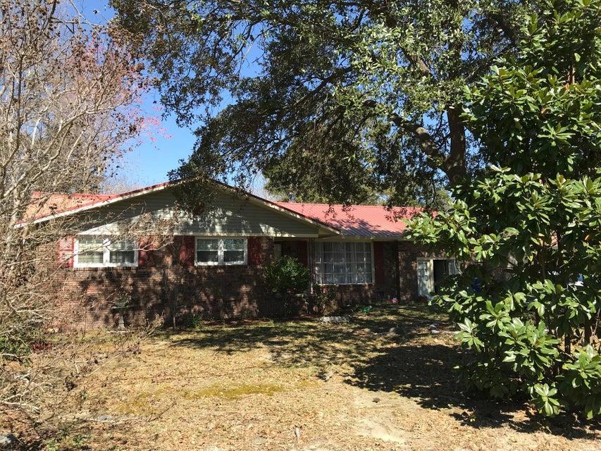 2792 Dantzler Drive North Charleston, SC 29406