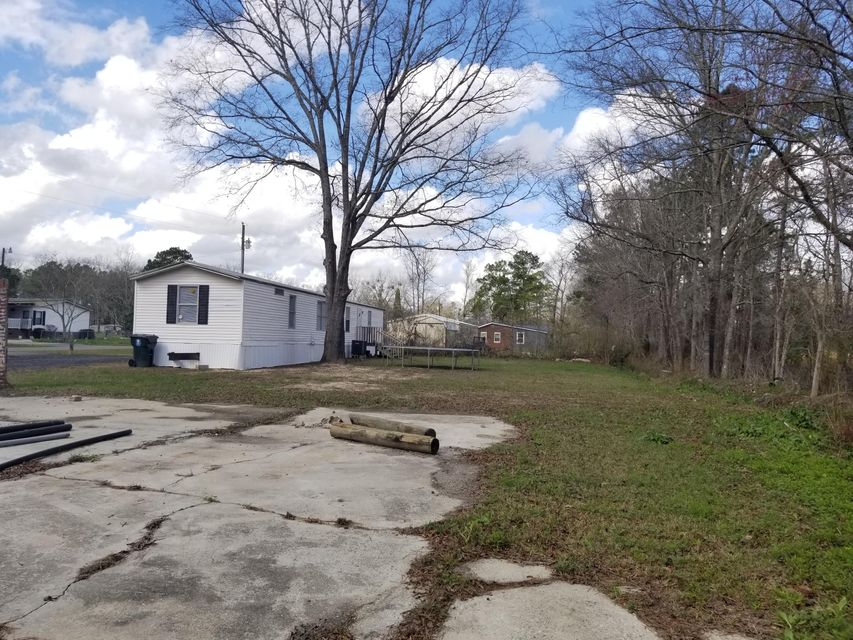 3246  Estate Road Moncks Corner, SC 29461