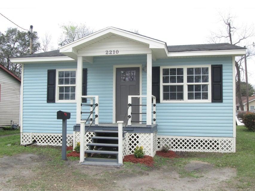 2210  Crosby Avenue North Charleston, SC 29405