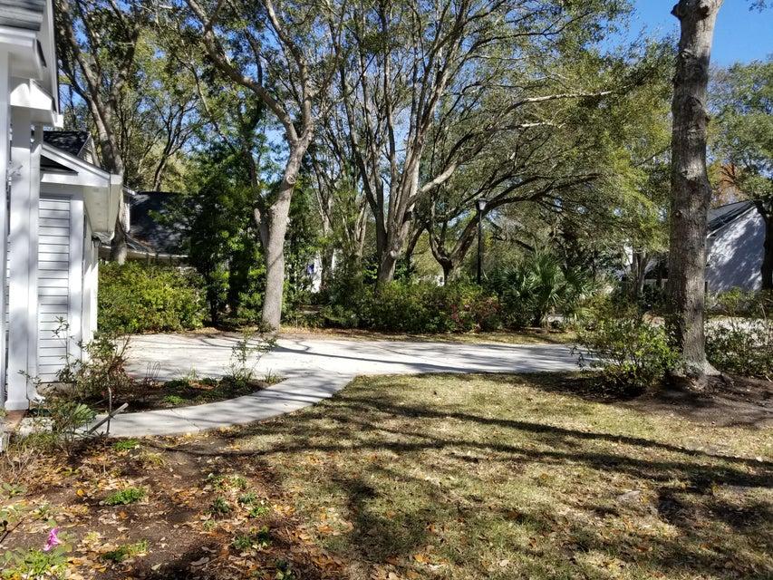 1934  Oak Tree Lane Mount Pleasant, SC 29464