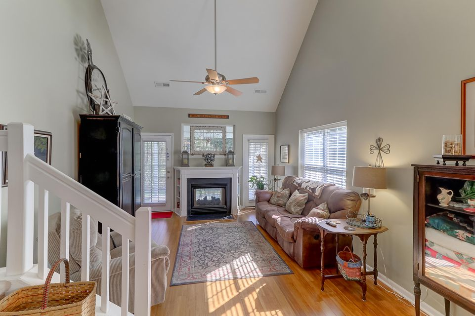 8719 Grassy Oak Trail North Charleston, SC 29420
