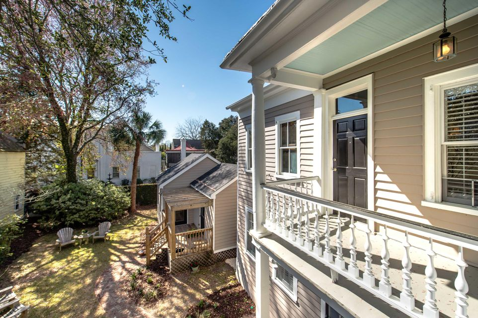 17 Pitt Street Charleston, SC 29401
