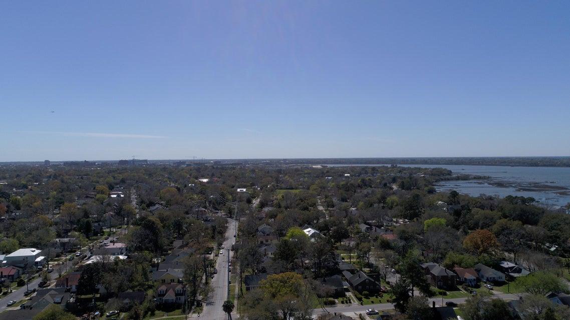 2234 Sunnyside Avenue Charleston, SC 29403