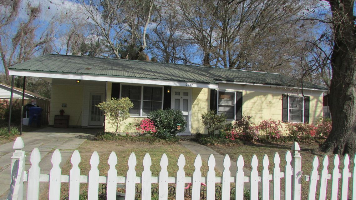2637 Dellwood Avenue North Charleston, SC 29405